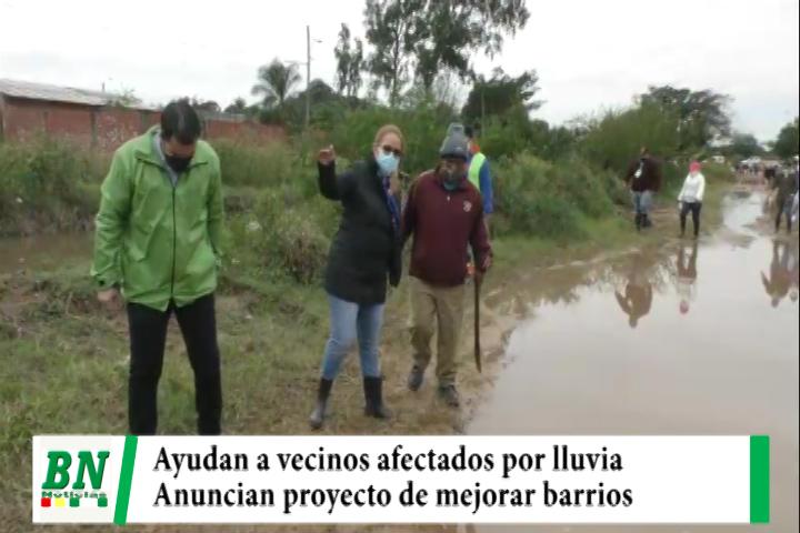 Vecinos afectados por las lluvias reciben ayuda y anuncian mejoras para los barrios de esa zona