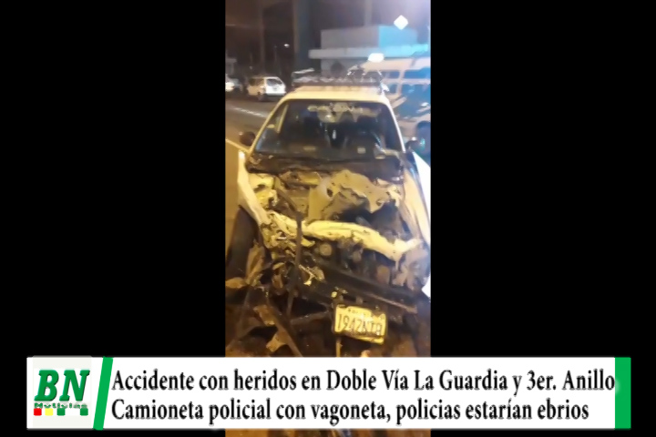 Choque con heridos entre camioneta policial y vagoneta tipo taxi en 3er, Anillo y Doble Vía La Guardia