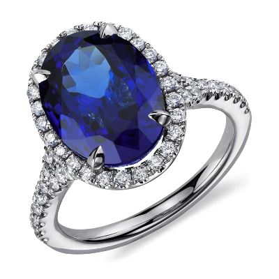 Oval Tanzanite and Diamond Ring in 18k White Gold 672 ct