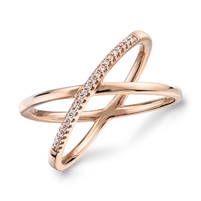 delicate pavé diamond crossover