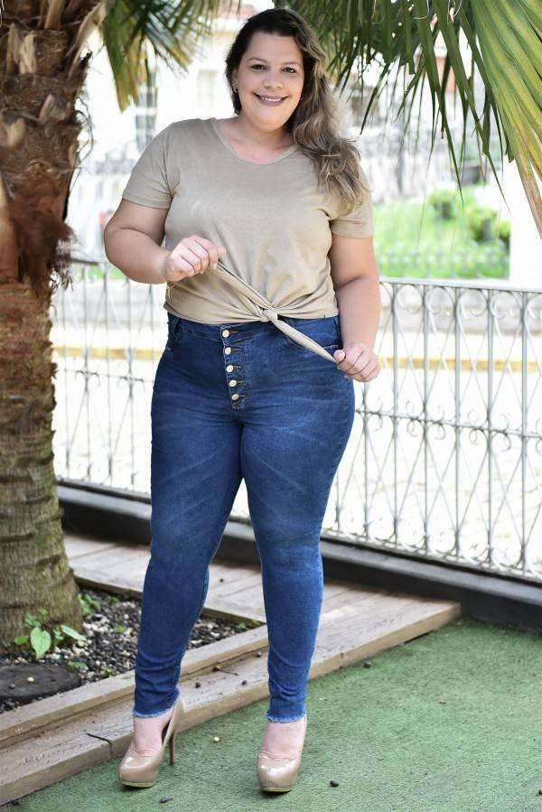 calça jeans moda plus size