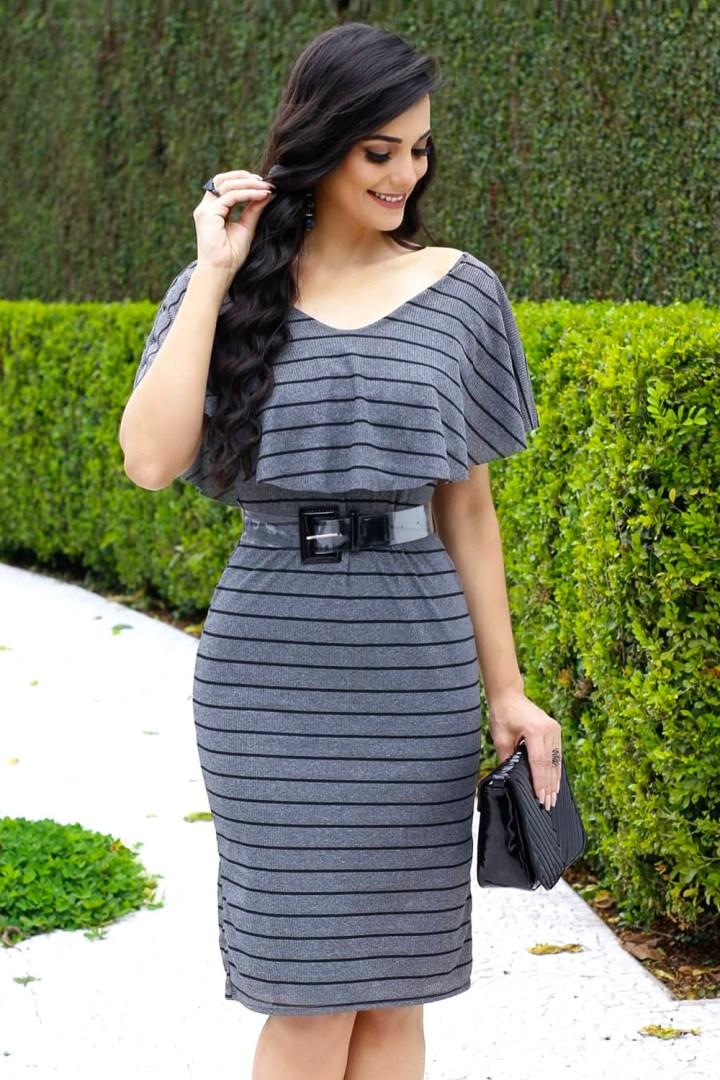 vestido listrado cinza