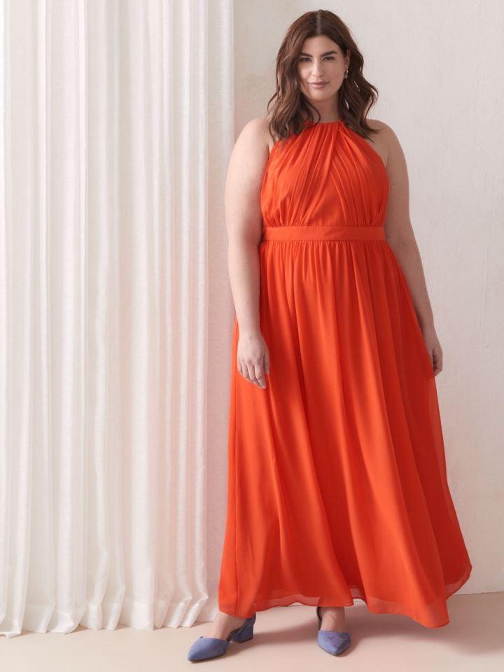 vestido plus size longo