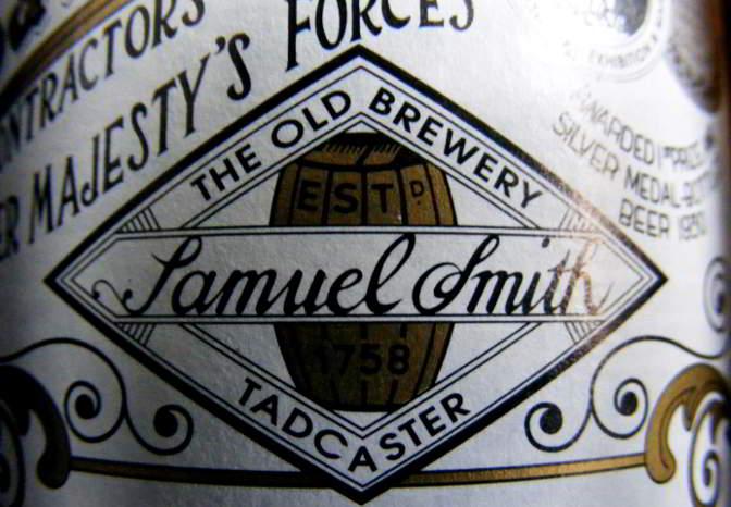 Sam Smith logo from beer bottle.