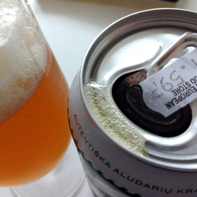 Miuncheno Helles (can and glass)