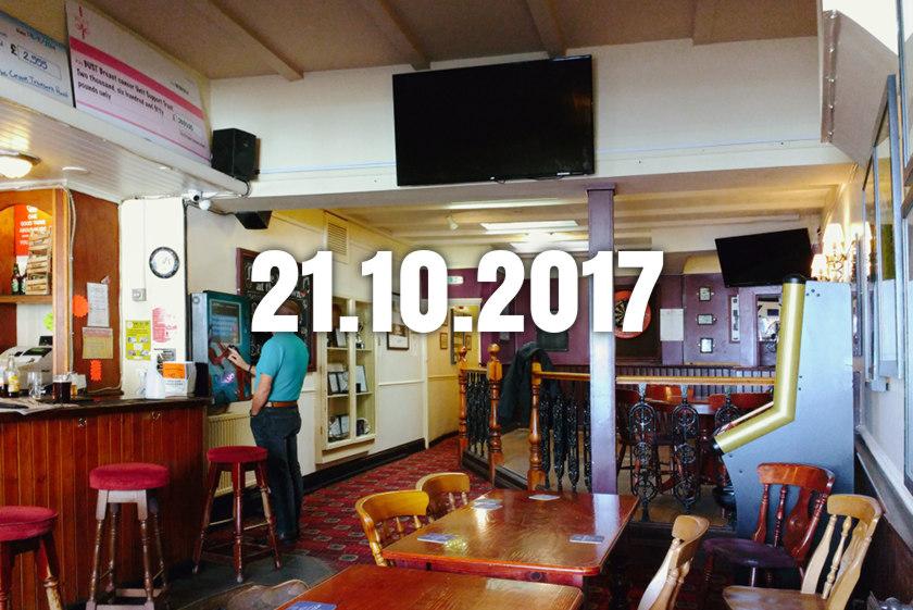 The Crown: pub interior.