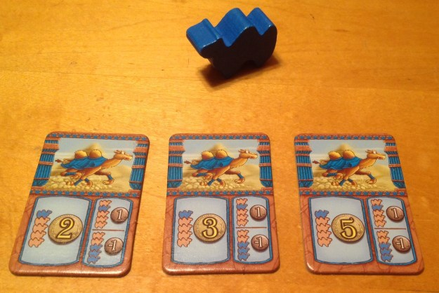 Carte de mise de manche du chameau bleu