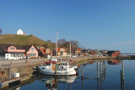 ven sweden island coast