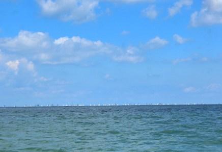 strande marina germany boats kiel week