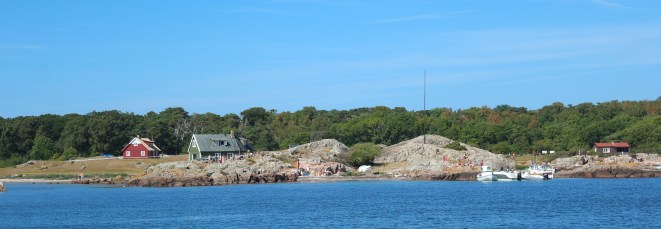 hallands väderö sweden skerry rocks sky water island boatingthebaltic.com