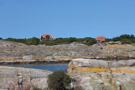hällands vederö sweden skerry rocks sky water island boatingthebaltic.com