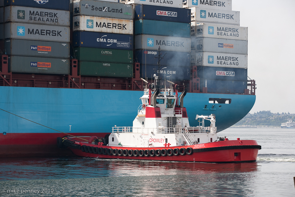 Crowley Tug Boats Chief And Response Dock The Maersk Ship
