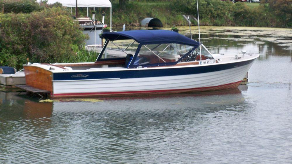 medium resolution of chris craft twin engine sea skiff