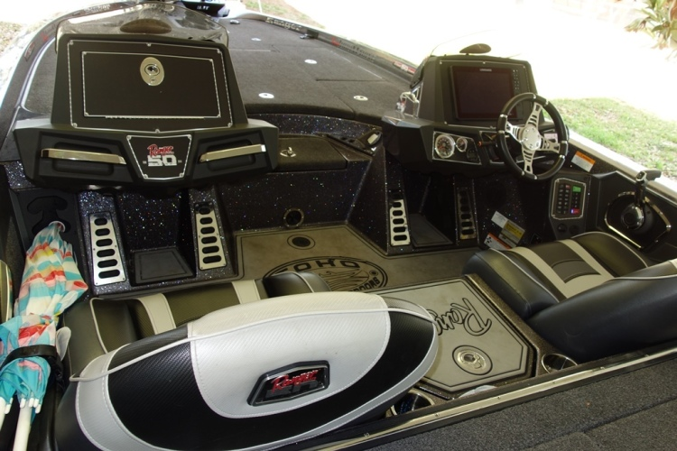 1974 Boston Whaler 22 Outrage V Series Cuddy for Sale in
