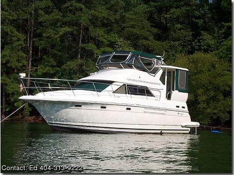 1999 Cruisers Yachts 3750 Motoryacht WPRocket