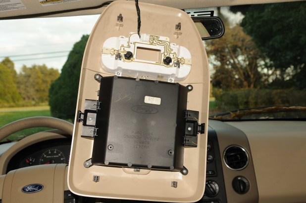 2005 Ford F150 Interior Light Bulb Brokeasshome Com