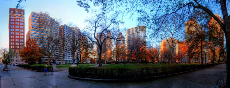 Rittenhouse Square Philadelphia, PA Copyright 2014, Bob Bruhin. All rights reserved. (prints via bruhin.us/1noFt7F) ------ Luminance HDR 2.3.0 tonemapping parameters: Operator: Fattal Parameters: Alpha: 1 Beta: 0.9 Color Saturation: 1 Noise Reduction: 0 ------ PreGamma: 1