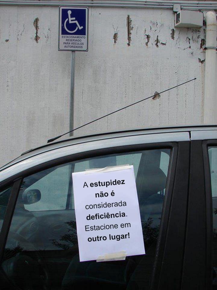 estupidez1 Estupidez não é deficiência