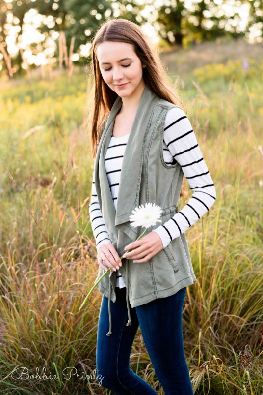 bruentrup-farm-maplewood-senior-photos-dcs_8297