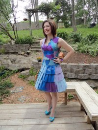 Student makes prom dress out of cardboard: she needs to ...