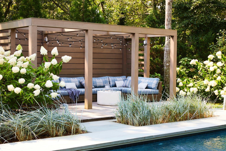 outdoor furniture accessory deals