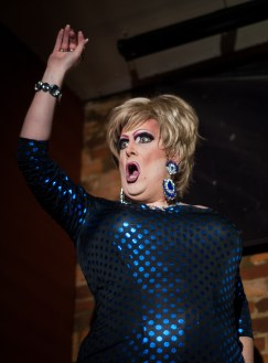 120414_DragShow06_be
