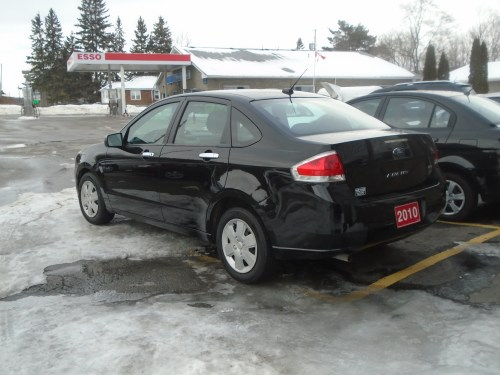 small resolution of 2010 ford focus se 4 dr black 1