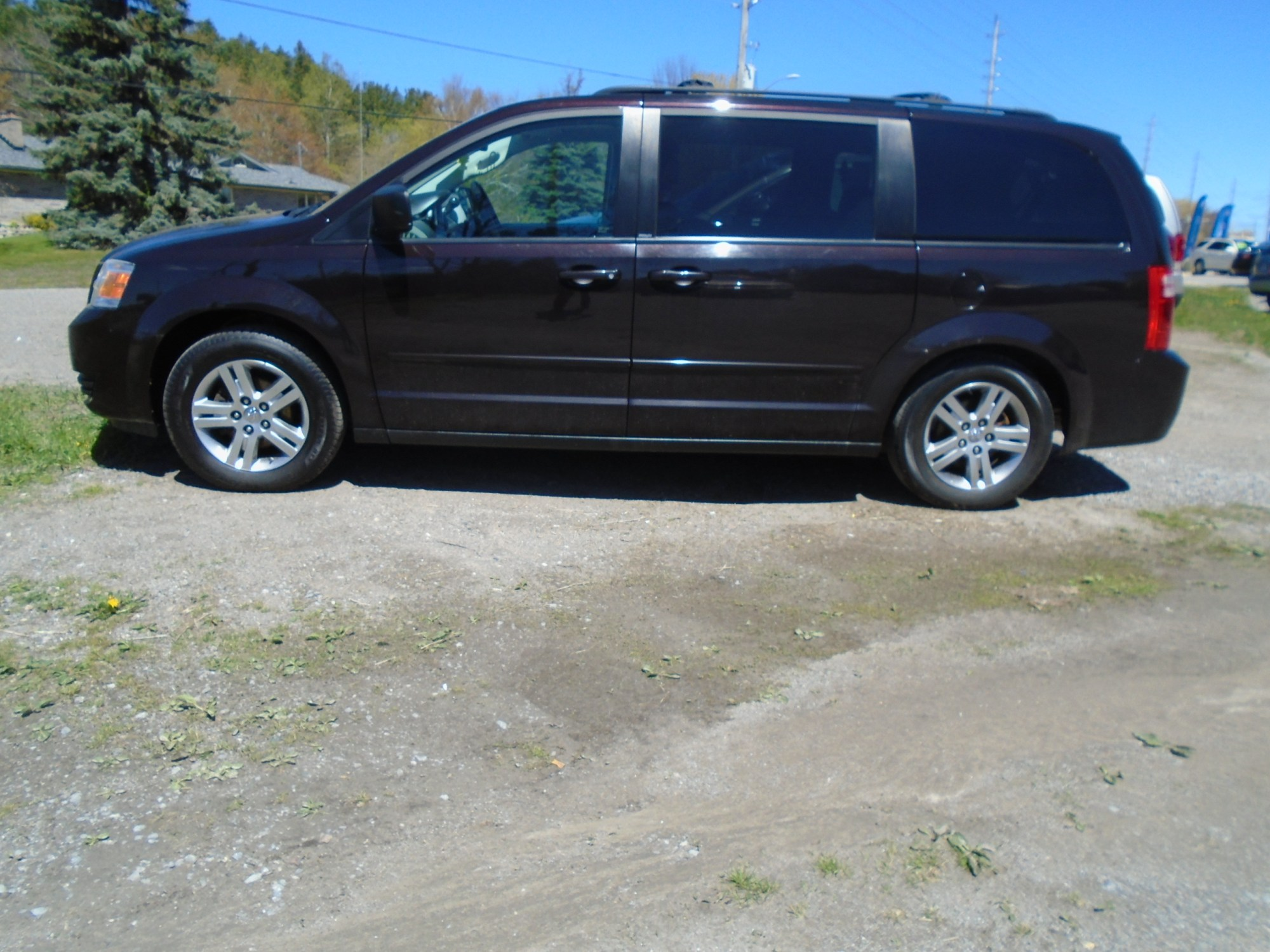 hight resolution of 2010 dodge grand caravan black cherry