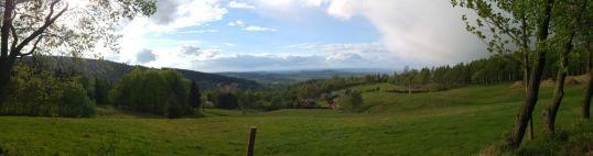 W stronę doliny - tuż po opadach