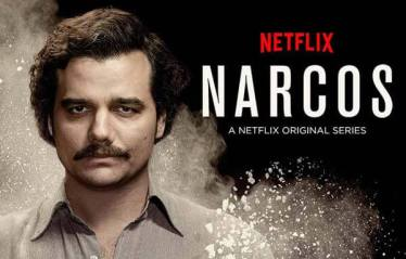 Narcos - niepowtarzalny klimat serialu robi swoje.
