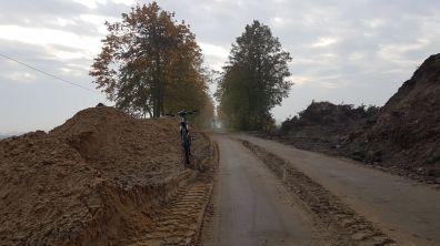 Październik 2016 - trwa budowa nowego odcinka drogi