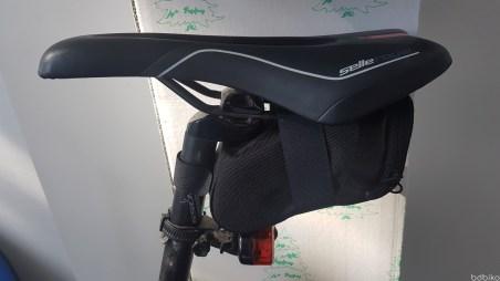 torba podsiodlowa - decathlon 500 mtb