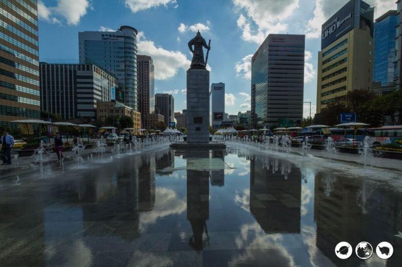Admiral Yi Statue