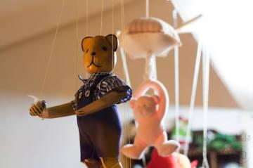 Puppet-Bear-Holding-Bee