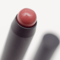BEAUTY REVIEW: MAC PATENTPOLISH LIP PENCIL