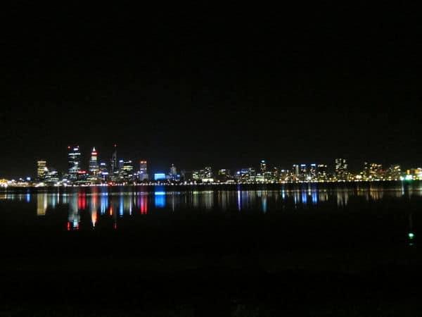 [澳洲]柏斯。Day 7 Perth 市區  &  Day9 Perth 賭場 > South Perth 河岸夜景