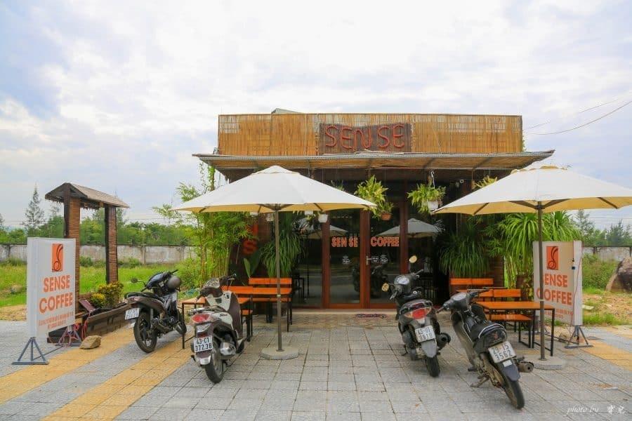 【越南峴港會安|峴港咖啡店推薦】Sense coffee,大馬路邊的時尚小咖啡店。