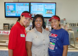 Janell Robinson with two employees at her new Rita's (Courtesy: OFN.net)
