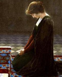 kneeling-woman