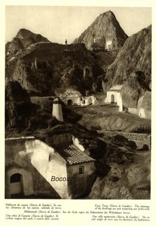chimeneas de las cuevas de la sierra de Guadix