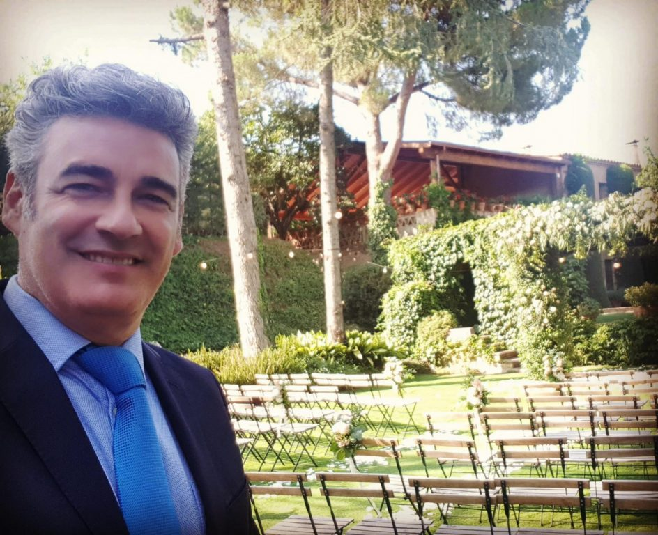 Oficiante boda civil