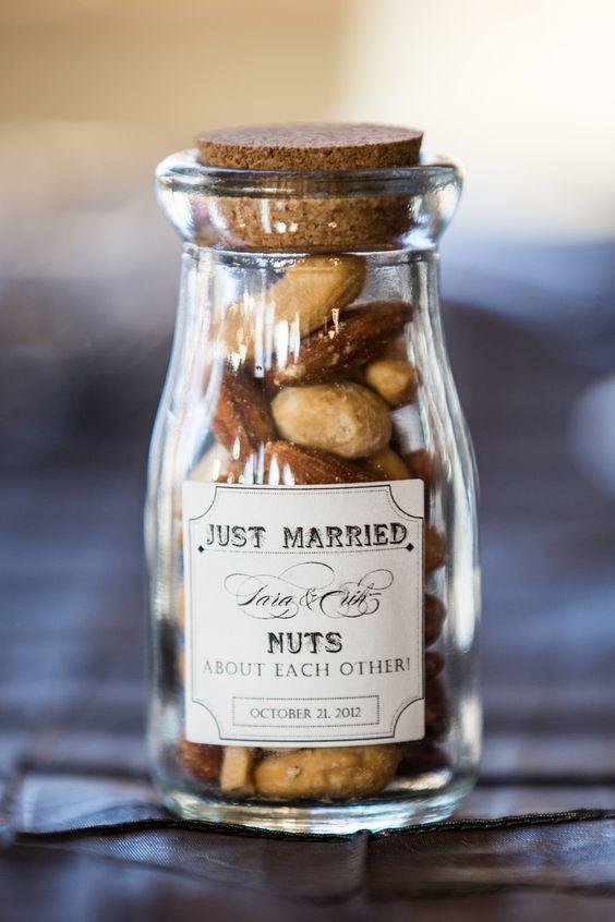 Fall Wedding Favors 24 Original and Affordable Ideas You