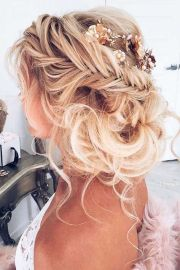 2017 trending wedding hairstyles