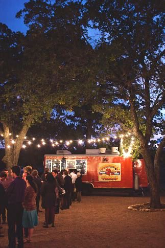 Food Truck Wedding Guide to Planning Catering Logistics