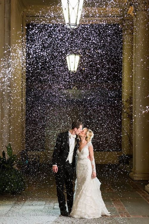 Christmas Wedding Ideas Amp Decor With The Right Touch Of