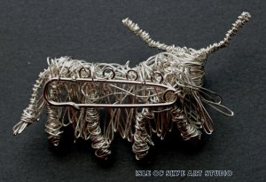 Wirework Highland Cow on a Kiltpin