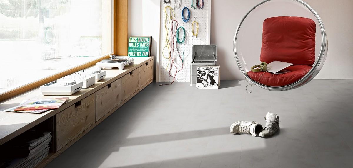 starker trend bodenbelag in beton optik bodenbel ge produkte news anleitungen. Black Bedroom Furniture Sets. Home Design Ideas