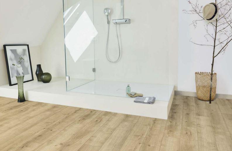 Bad Mit Holzfußboden ~ Parador modular one design parkett eiche pure hell in küche und bad