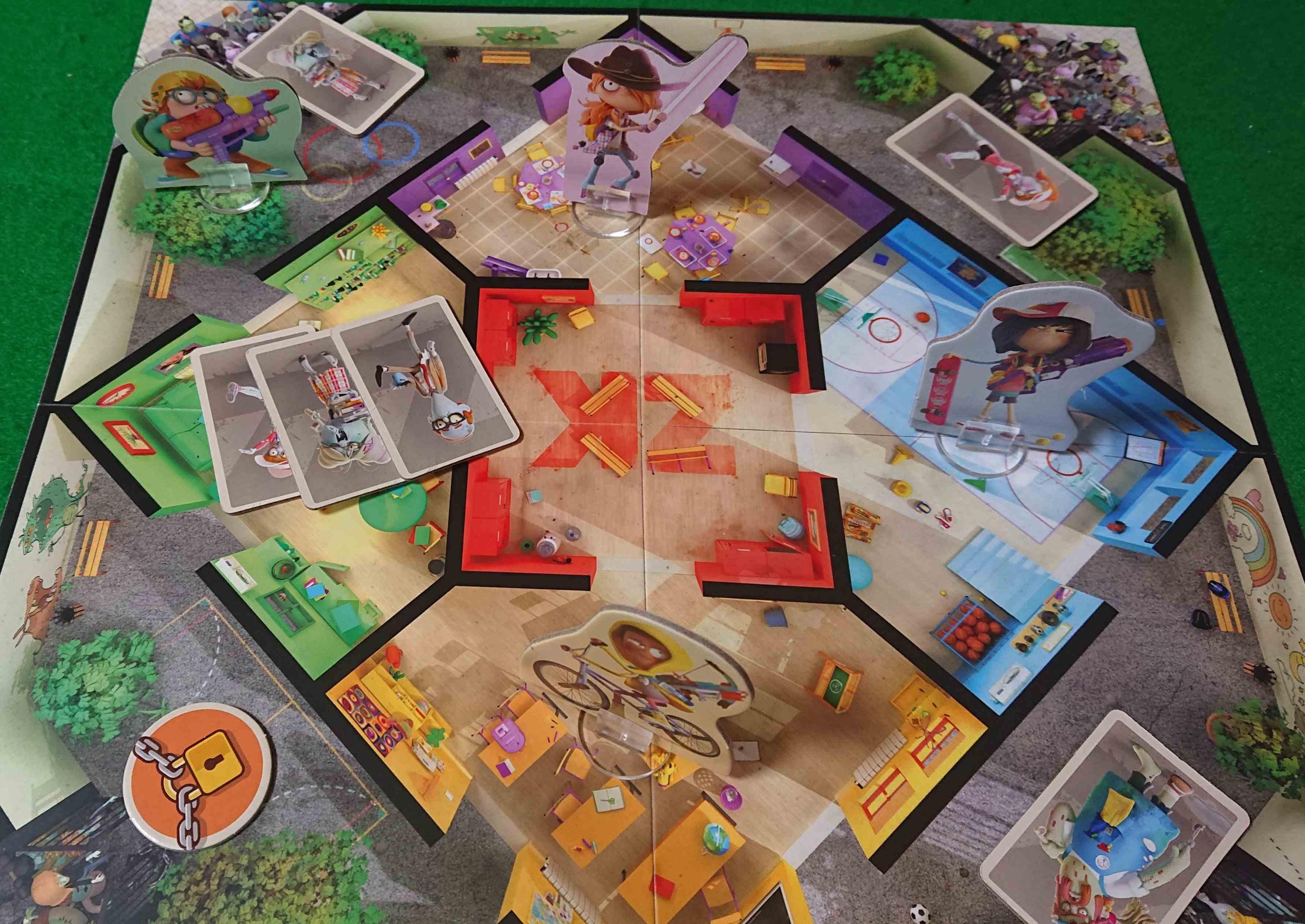 ゾンビキッズ進化の封印(ZONBIE KIDZ) プレイするたびにルールが進化・キャラクターも進化するボードゲーム