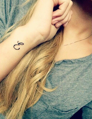 Letter E Tattoo : letter, tattoo, Amazing, Letter, Tattoo, Designs, Ideas